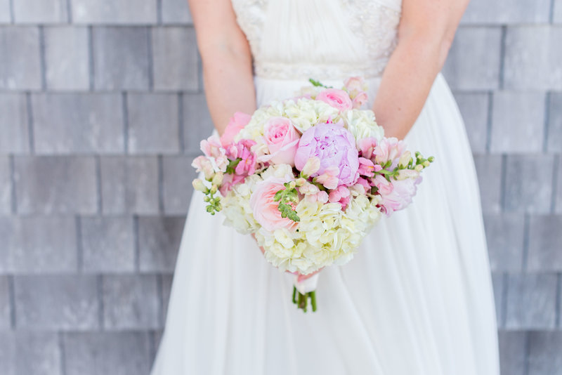 DIY wedding bouquet by linda barry photography