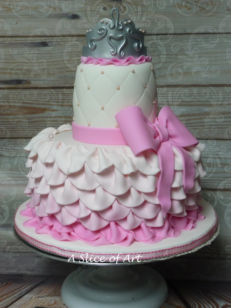 ruffle crown shower cake