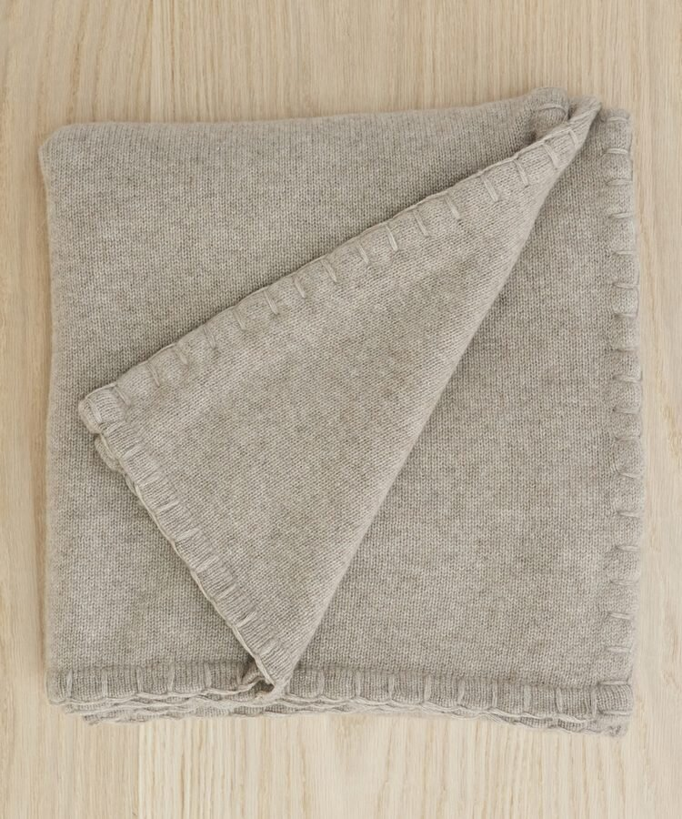 Jenni_Kayne-Tahoe_Cashmere_Throw__Stone-4
