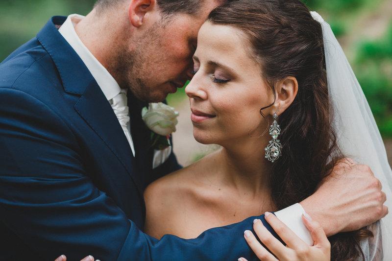 Romantische trouwfoto door FOTOZEE