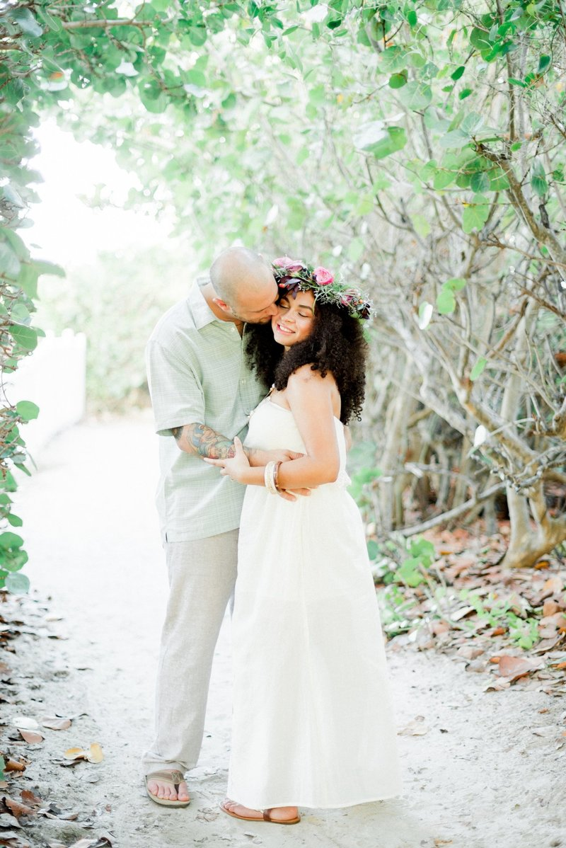 Vero Beach Wedding Photographer _ Vero Beach Wedding _ Beach Wedding _ floral crown _ beach bride _ tiffany danielle photography (10)