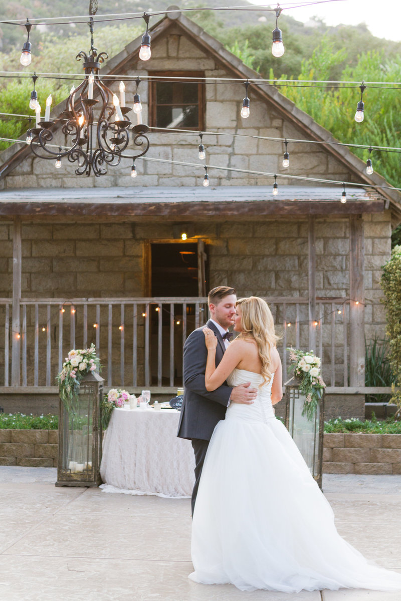 60-Temecula Wedding Pictures-Temecula Creek Inn_