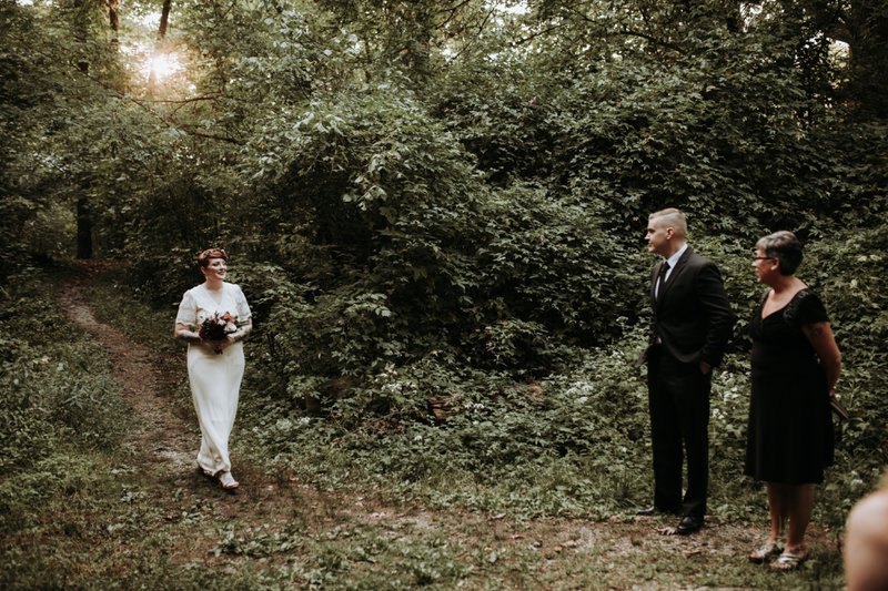 forest-elopement-cincinnati-wedding-photography-10