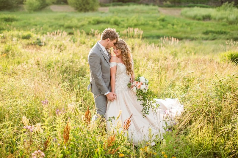 Abby Anderson Fargo Wedding Photographer