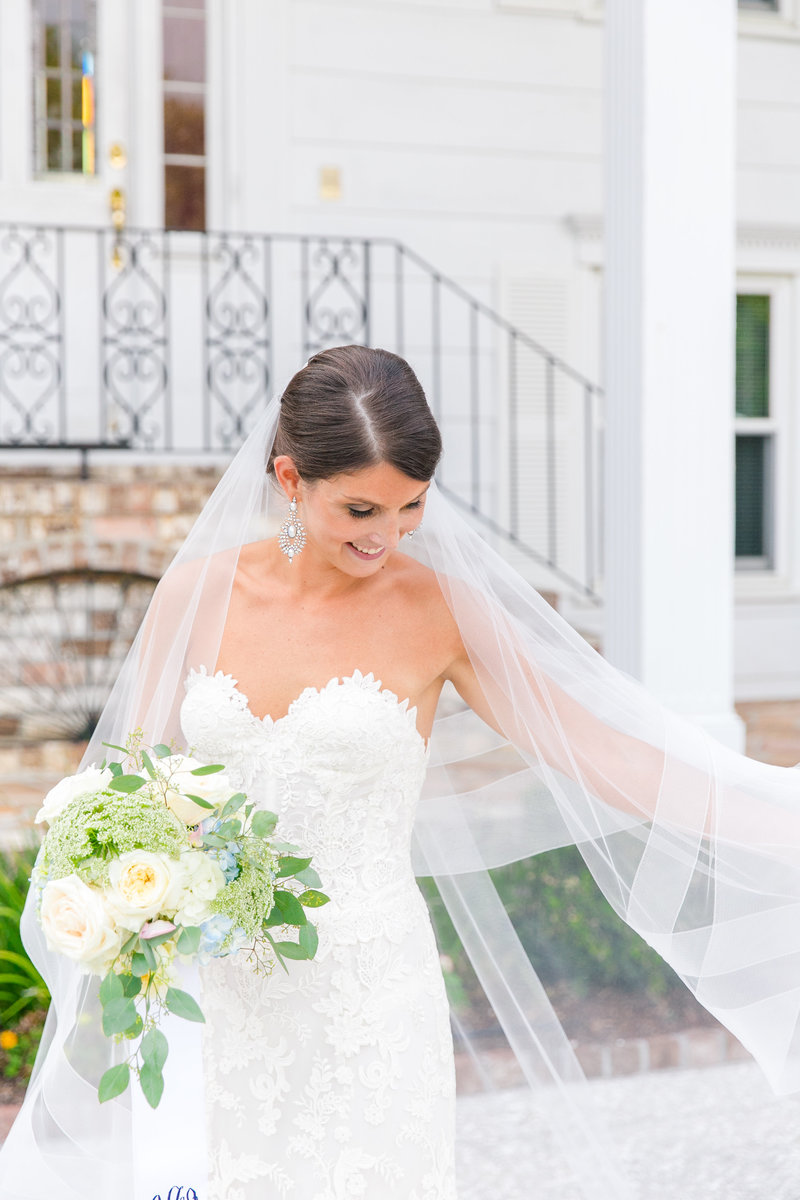 Elegant Bridal Portraits in Charleston SC