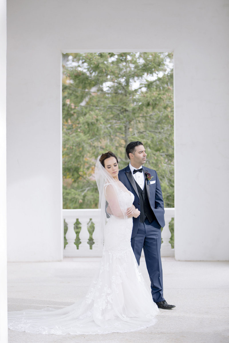 full length bride and groom at Monmouth University