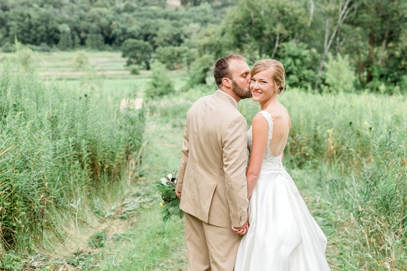 Wedding at Round Barn in Red Wing, MN by Marit Williams Photography
