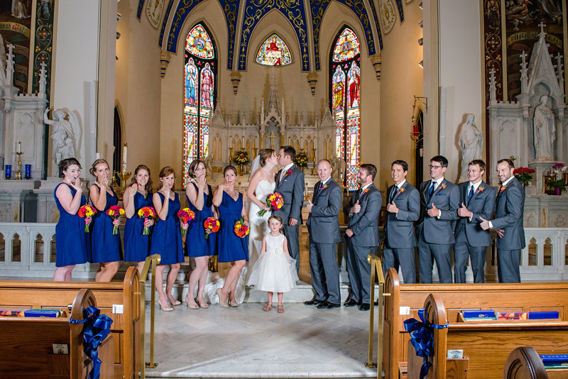 JandDstudio-wedding-photogrphy-york-pa-weddingparty-cathlic-church