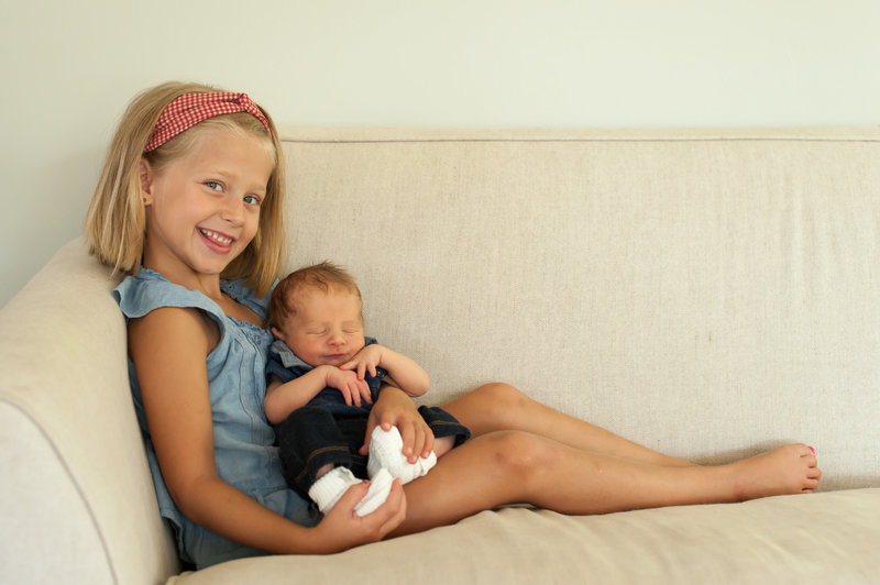 Newborn and Big Sister in Yorktown, Virginia