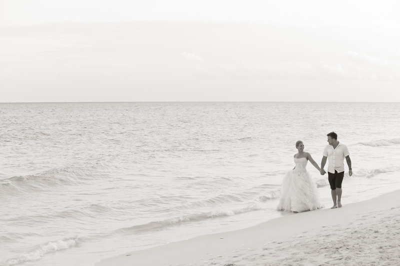 Destination wedding in Playa Del Carmen Mexico a georgeous beach wedding at Jade Now.