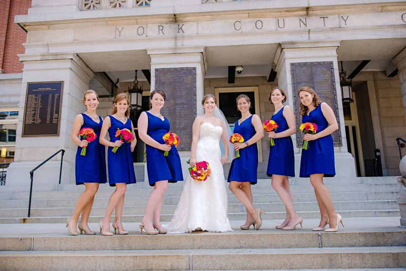 JandDstudio-wedding-photogrphy-old-york-county-courthouse-bridesmaids-outdoor