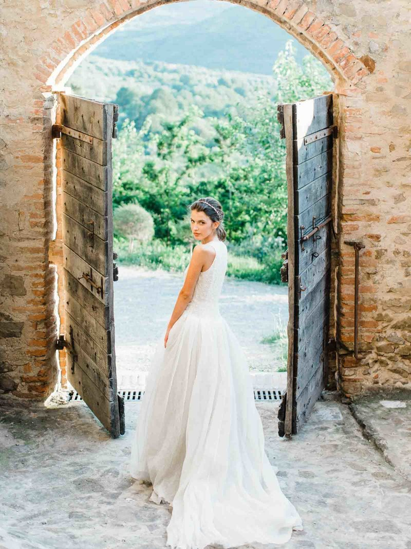 Married-Morenos-Tuscany-Styled-Shoot-30