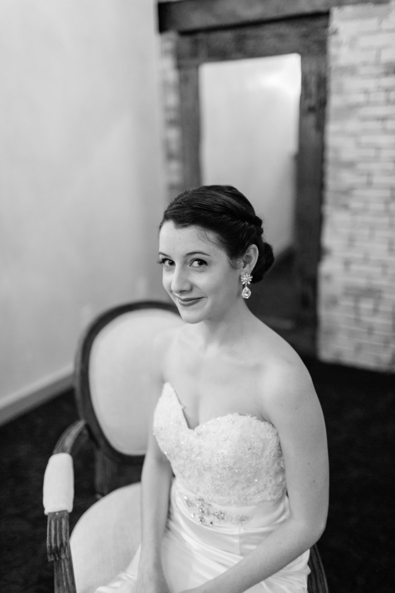 minneapolis-event-center-wedding-minneapolis-wedding-photographer-mackenzie-orth-photography-19