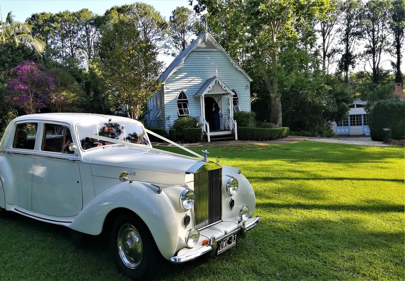 Our Wedding Cars-Mt Tamborine