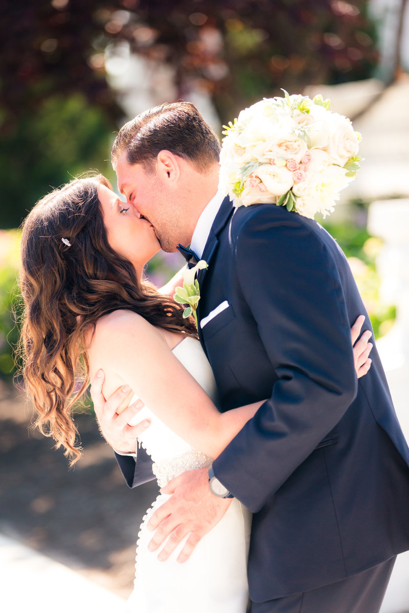 Bridal portraits at Library Gardens of Monmouth University