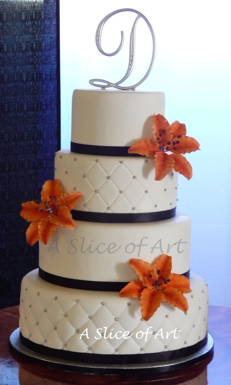 quilted tiger lily wedding cake