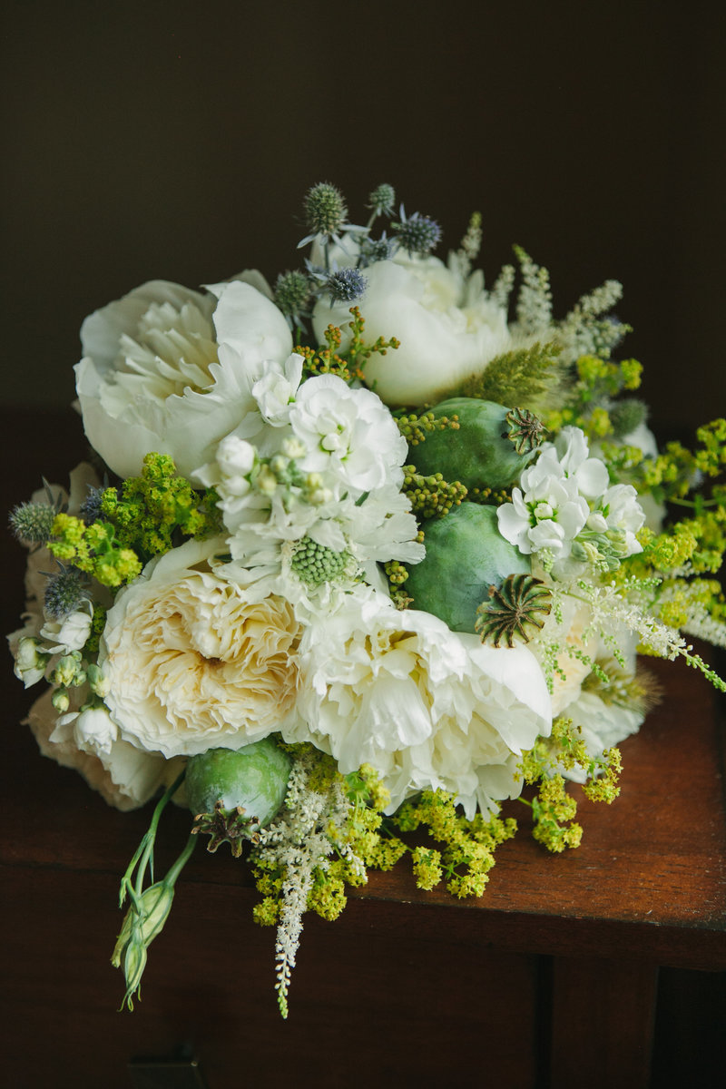 Big Sky MT Wedding Photo White and Green Bouquet