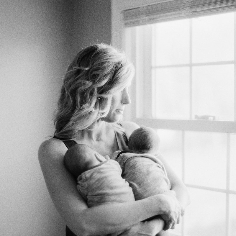 Newborn Photography at home with Maternity and Newborn Photographer Tiffany Farley