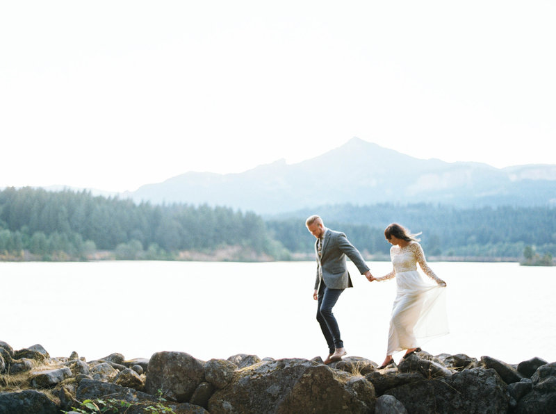 MariaLamb-Oregon-Gorge-Wedding- Portraits125