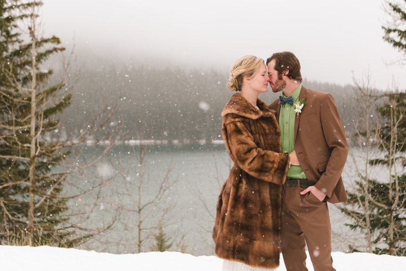 banff_winter_saskatchewan_canada_wedding_photographer_016