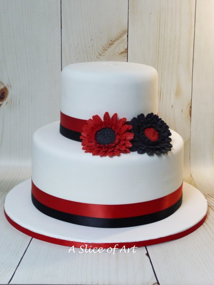 gerb daisy wedding cake