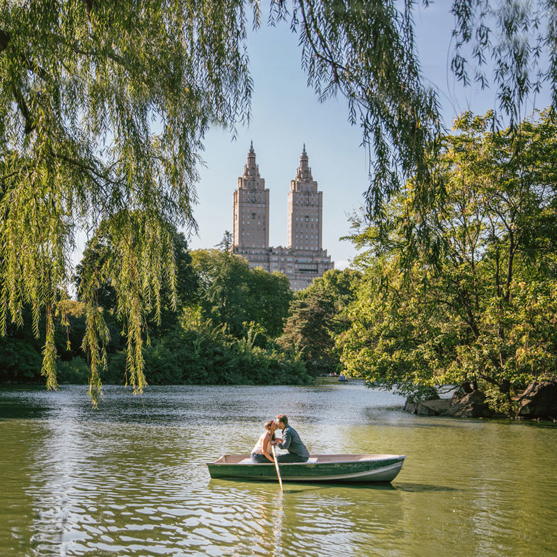 central-park-engagement-photos-NYC
