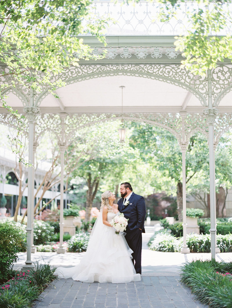 the_crescent_dallas_wedding_photographer_bethany_erin-55