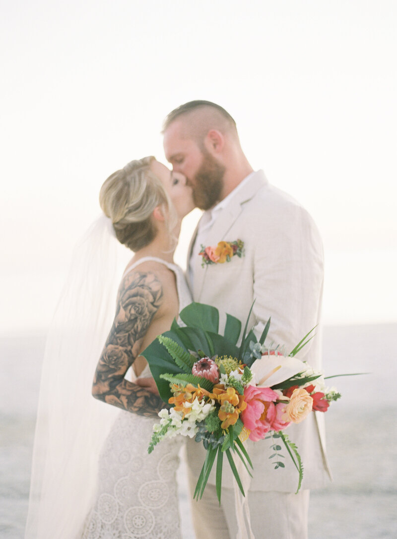 elegant-bohemian-tropical-december-destination-wedding-melanie-gabrielle-photography-martha-stewart-submission-106