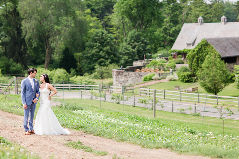 Stone-Barns-New-York-Outdoor-Wedding-01