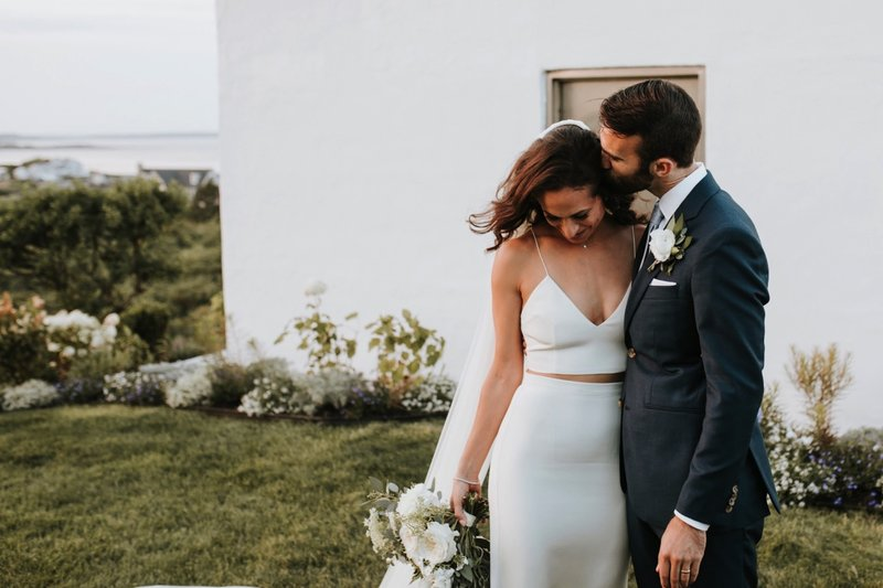 cape-elizabeth-portland-maine-backyard-lighthouse-wedding-102