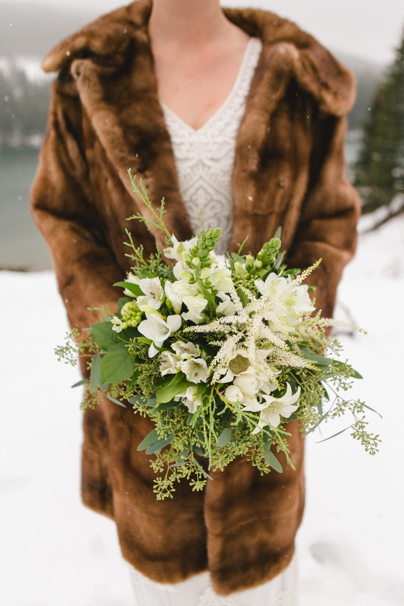 banff_winter_saskatchewan_canada_wedding_photographer_007