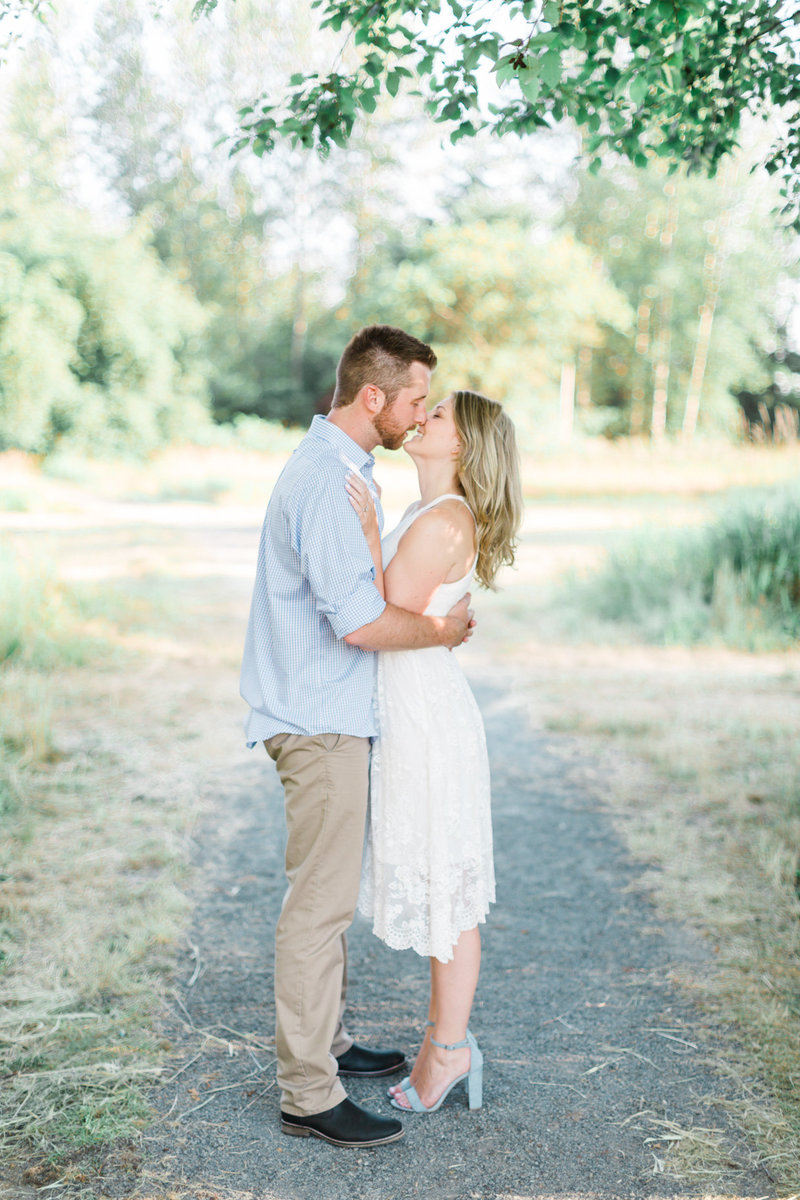 Blush-Sky-Photography-Vancouver-Engagement-Photographer-4
