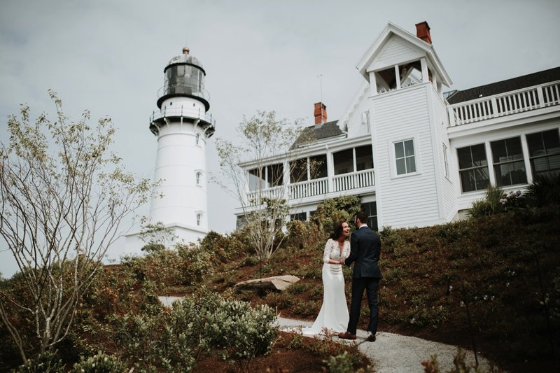 cape-elizabeth-portland-maine-backyard-lighthouse-wedding-49