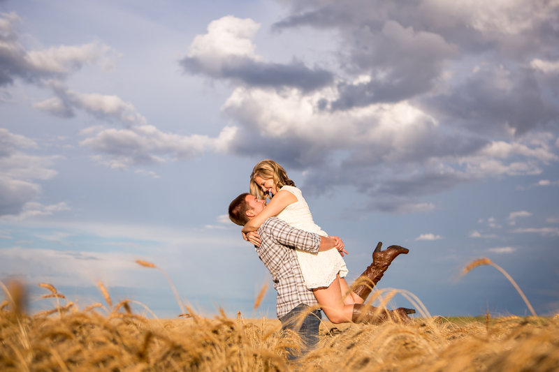 Abby Anderson Fargo Engagement Photographers