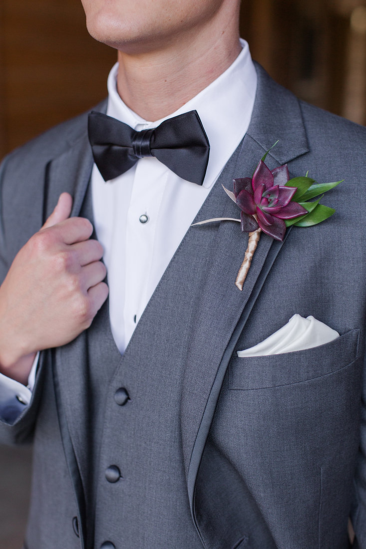 Wedding-Inspiration-Fall-Boutonnière-Succulent-Photo-by-Uniquely-His-Photography01