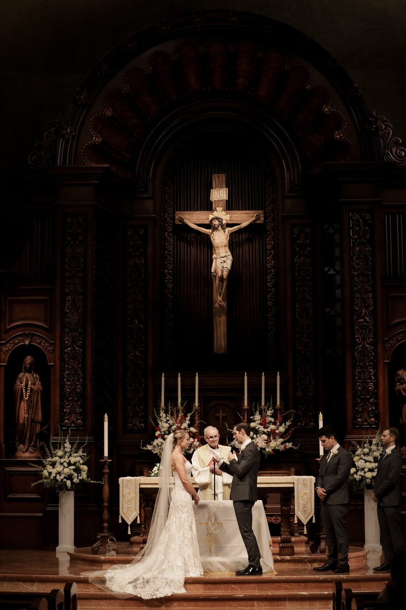preston_emily_wedding_day_catholic_church_shermon_oaks_ca_castaway_reception_hall_veil_in_wind_by_cassia_karin_lux_aeterna_photography-31