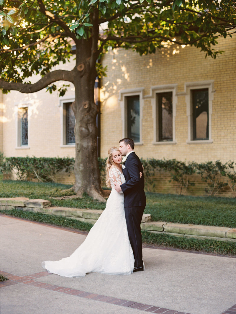 Dallas-Arboretum-Wedding-Kaleigh-Will290B