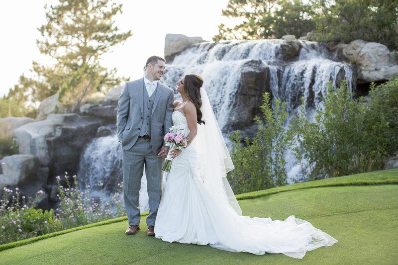 Jessi-Zach-Photography-Colorado-Wedding-Photographer-The-Sanctuary_1