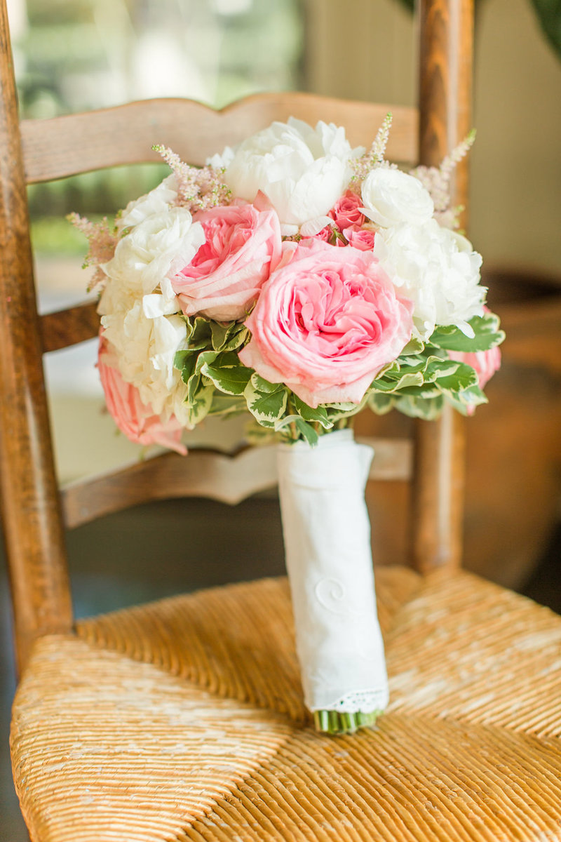 pink_and_navy_boudreauxs_baton_rouge_wedding-0011