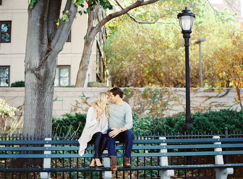 30-Battery-Park-City-Engagement-Photos