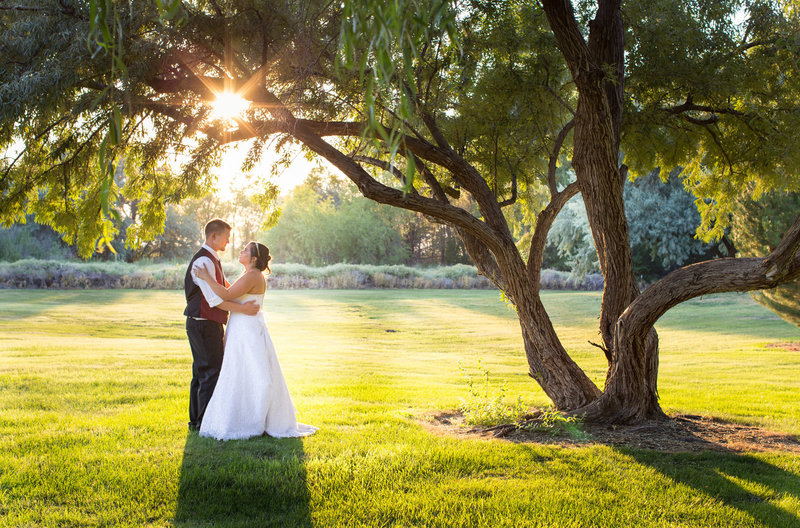 Bride and Groom Hidden Meadows Wedding Wenatchee Photographer Lynette Smith Photography
