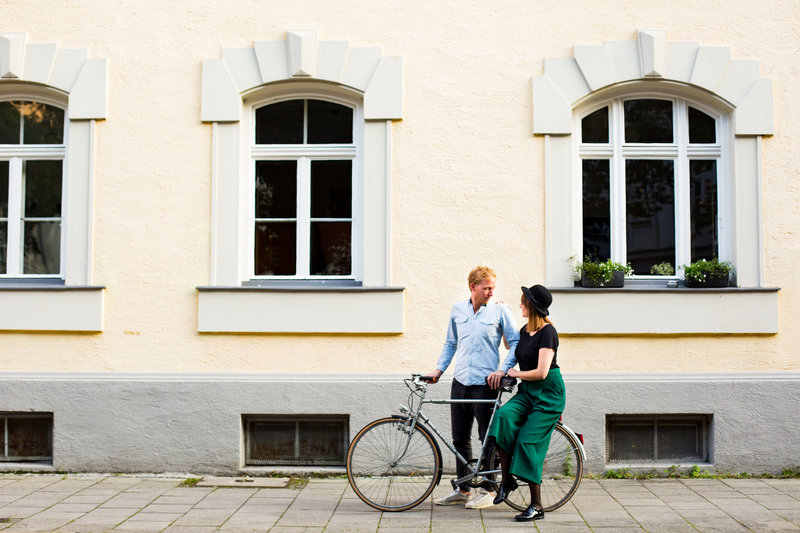 munich engagement session munich wedding photographer couple with bike emma lee photography