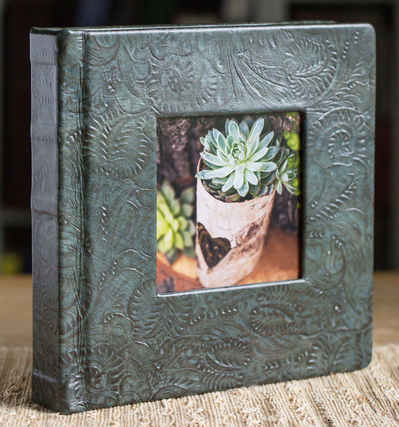 Example-of-a-Square-Sized-Wedding-Album