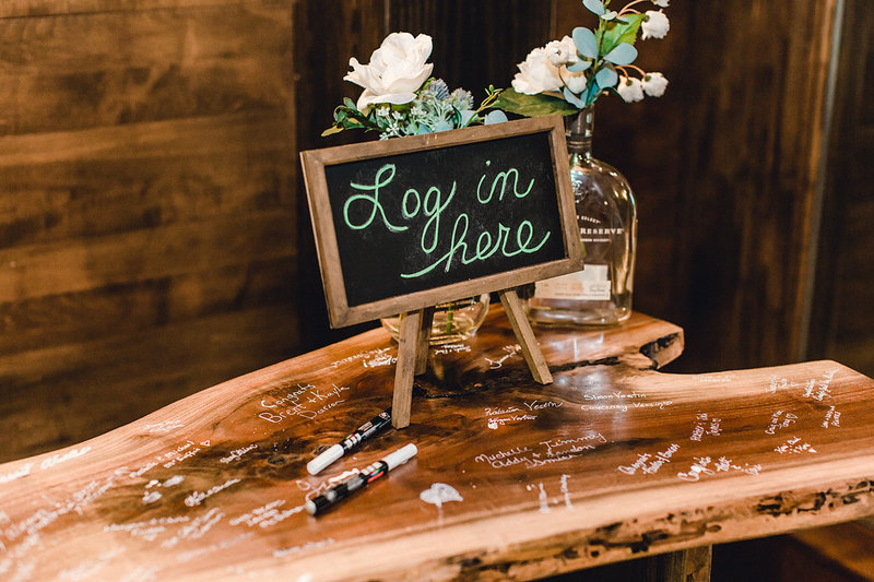 Wedding-Inspiration-Guest-Book-Table-Reception-Detail-Photo-by-Uniquely-His-Photography01