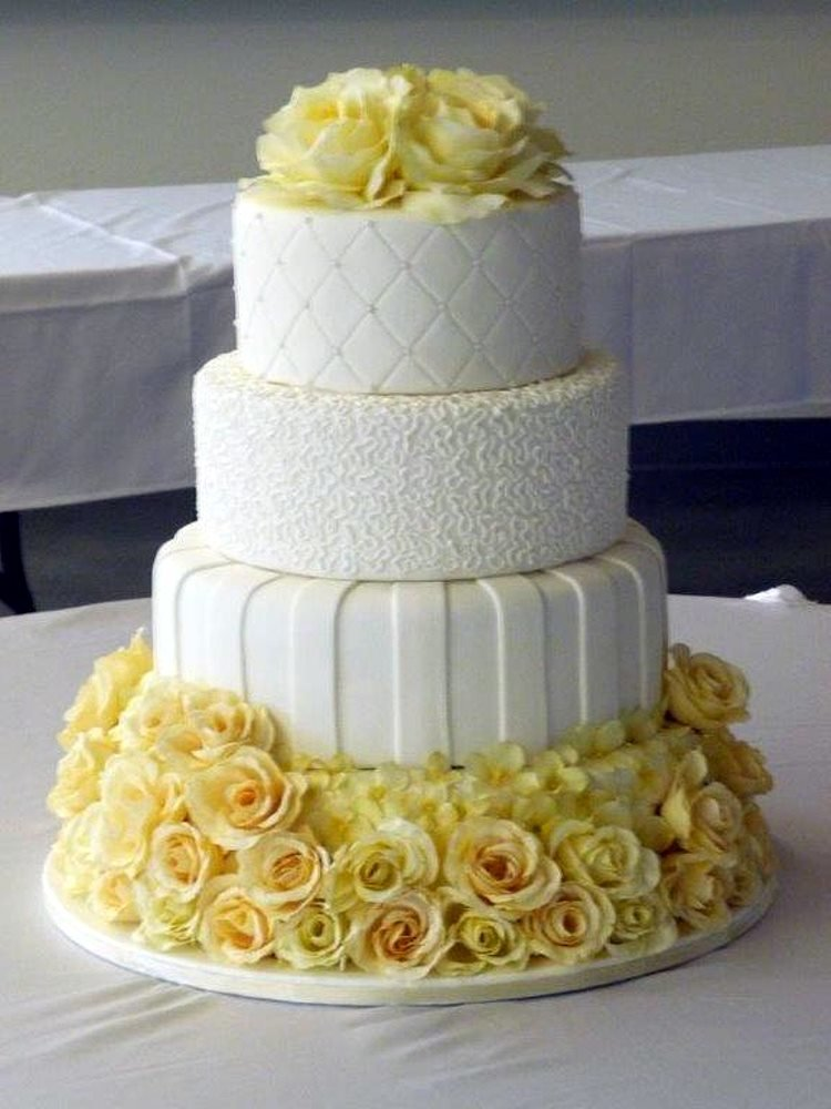 yellow flower wedding cake