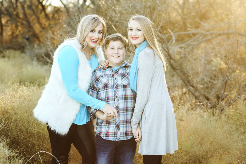 misty doyle family photo by devon j imagery