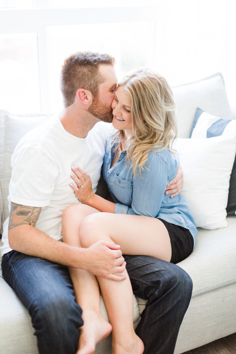 at-home-engagement-photos-vancouver-blush-sky-photography-9