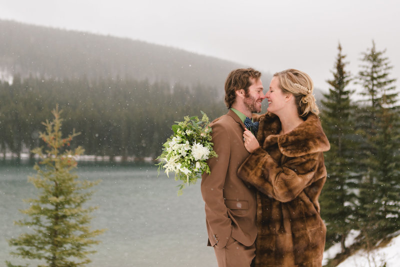 banff_winter_saskatchewan_canada_wedding_photographer_013