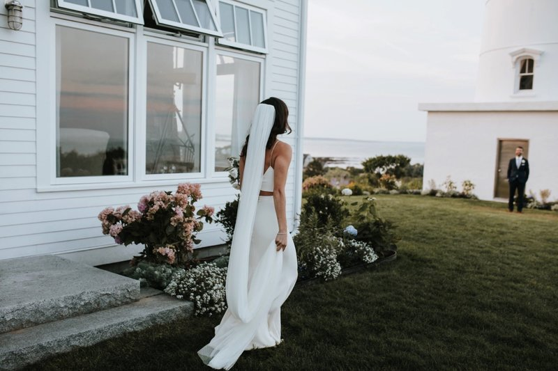 cape-elizabeth-portland-maine-backyard-lighthouse-wedding-101