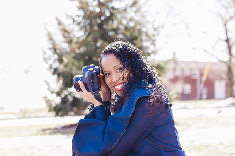 Dreamcatcher Rose Studios - brooklyn ny - headshots - smiling while holding camera